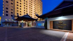Sheraton1-Hotel_Entrance_HD