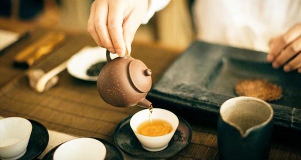 cách pha trà nấm linh chi theo cách người hoa