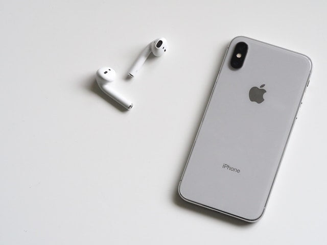 Apple's next iPhone won't accommodate a charger or headphones