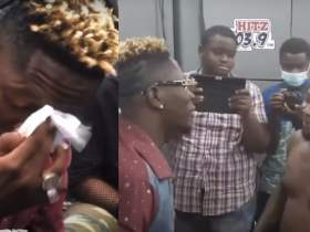 Trotro driver abandons passengers to meet Shatta Wale [Watch Video]