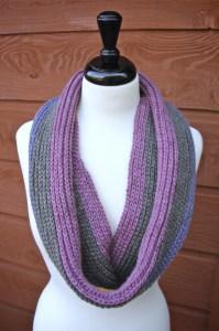Knitty Pretty Reversible Crochet Cowl