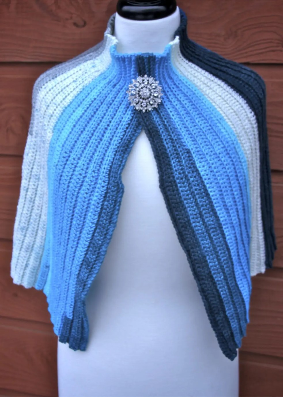 On the Town Capelet crochet pattern