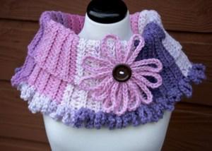 Chains of Love Crochet Cowl Caron Chunky Cakes