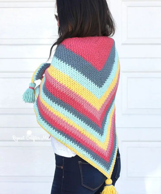 Crochet Caron Big Cakes Moss Stitch Shawl by Repeat Crafter Me