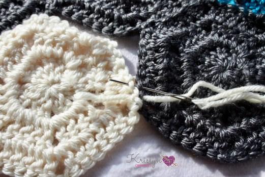 Night Owl Hexagon Blanket a free crochet pattern