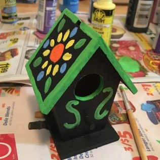 other side of birdhouse