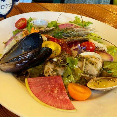 全てが絶品な魚介のマリネサラダ