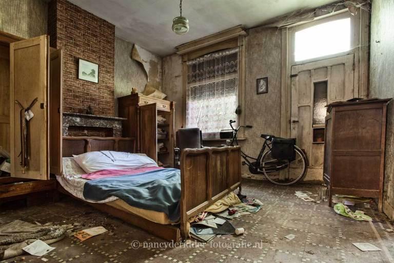 Farm Paternoster, slaapkamer, Urbexlocatie