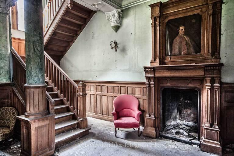 Manoir von Duchess, verlaten landhuis, urbexlocatie, open haard