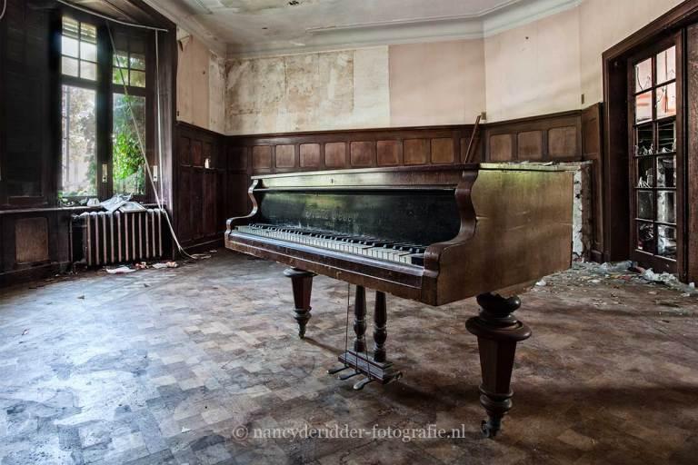 Villa Sc, piano, Urbexlocatie