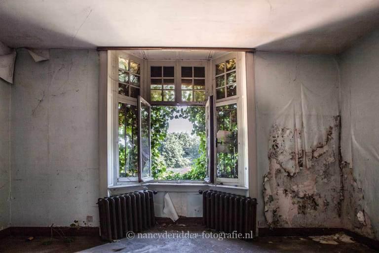 Villa Sc, verwaarloosd, achtergelaten, Urbexlocatie