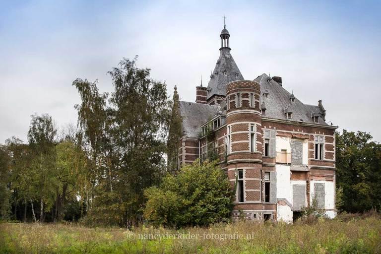 HH3, Saint Lucas, Verlaten ziekenhuis, kasteel