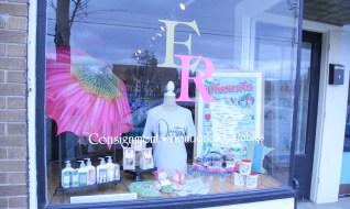 ndwc_ER_gift storefront