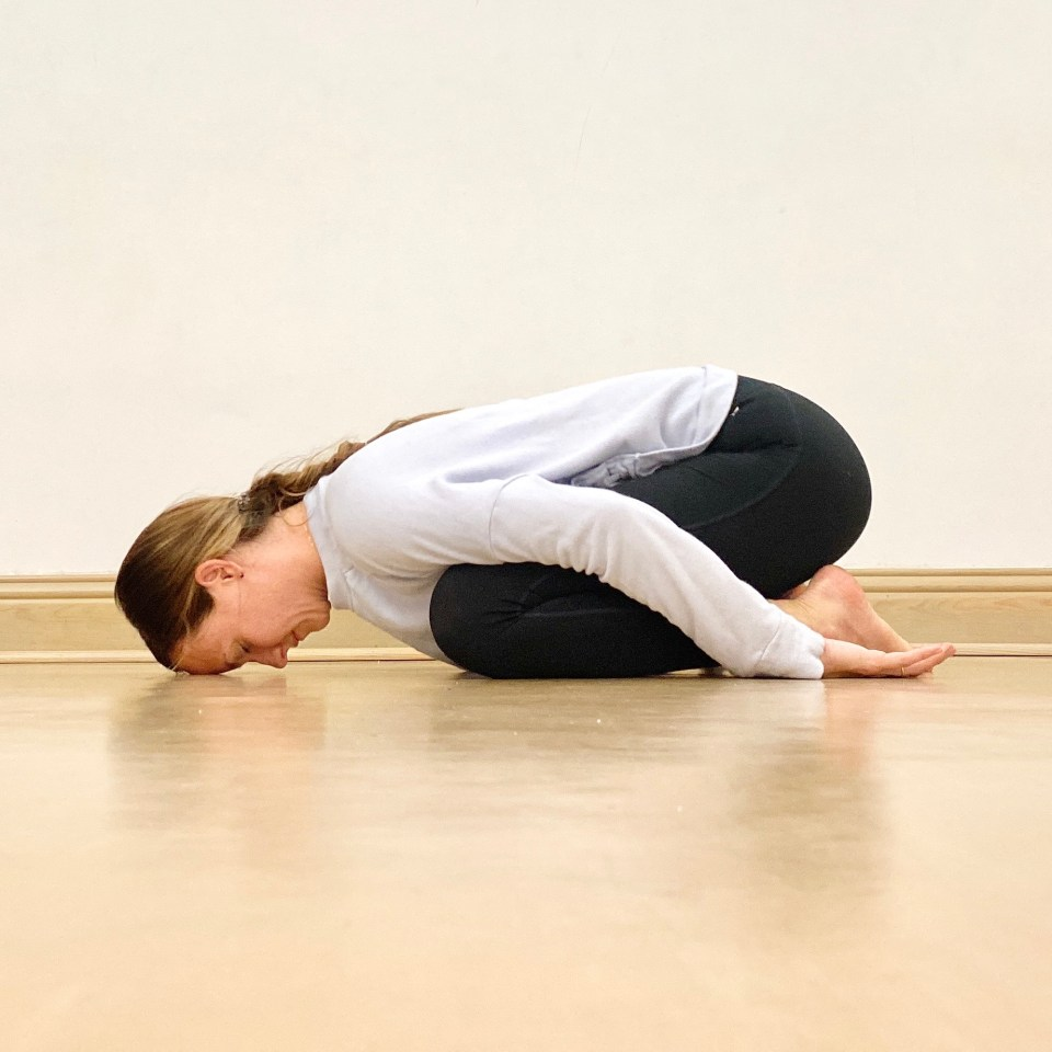 Yin Yoga Sequence | Liver and Gallbladder Meridians | Childs POse