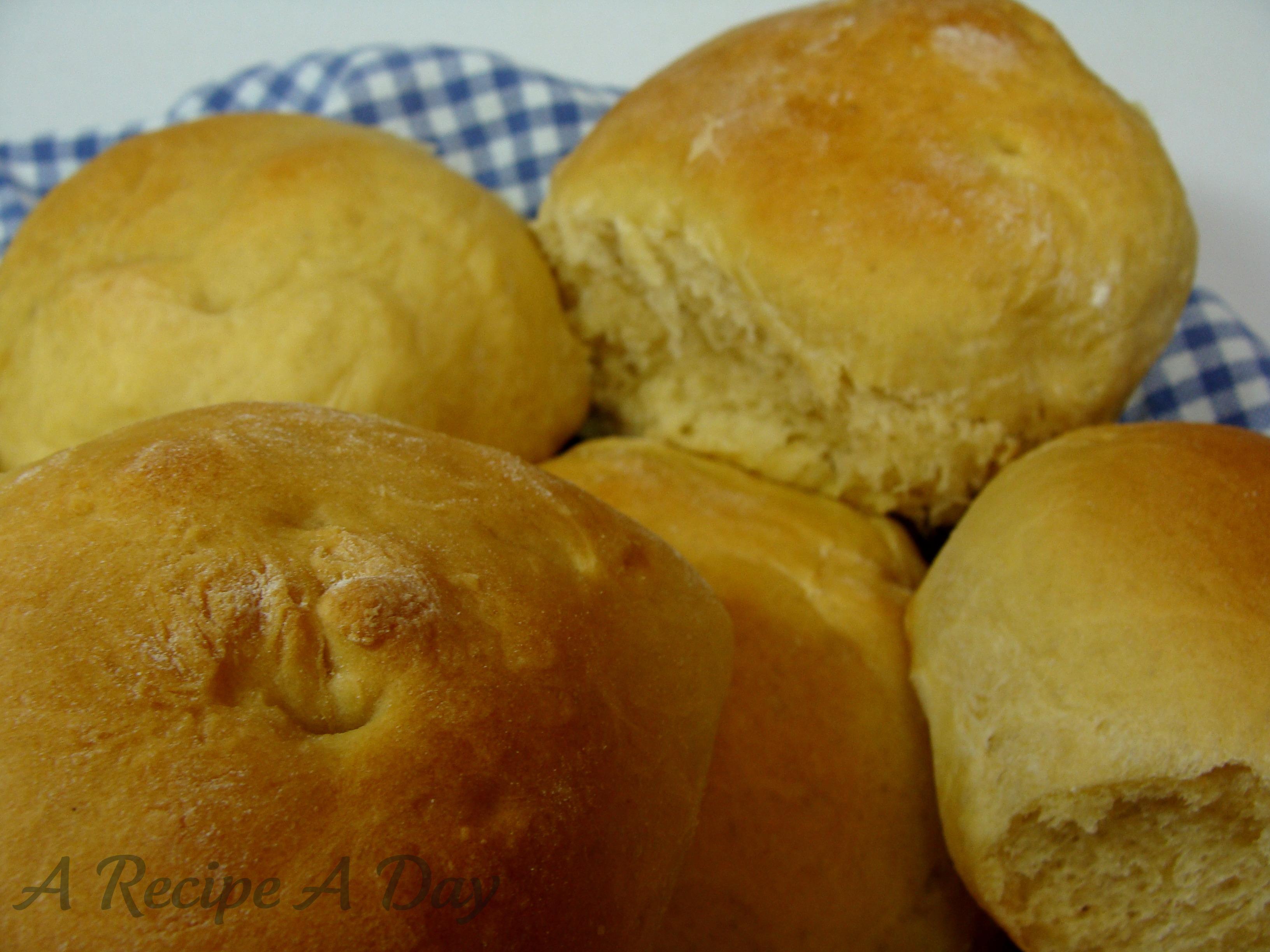 hawaiian-sweet-rolls-added-2