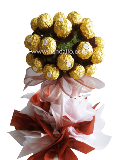 arreglo de chocolate Ferrero Rocher