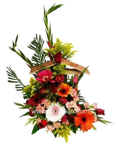 Arreglo floral primaveral en pozo