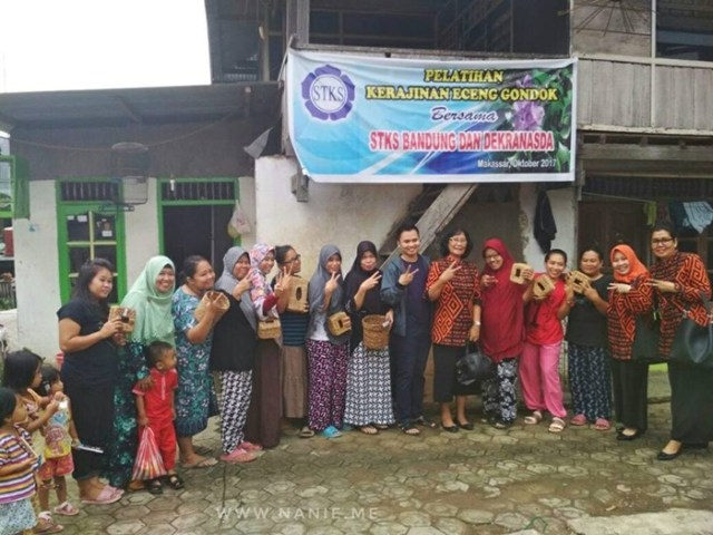 pelatihan eceng gondok di Makassar