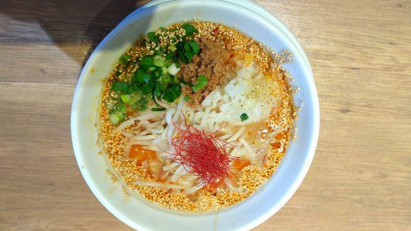 沖縄鶏白湯 鶏神 担々麺