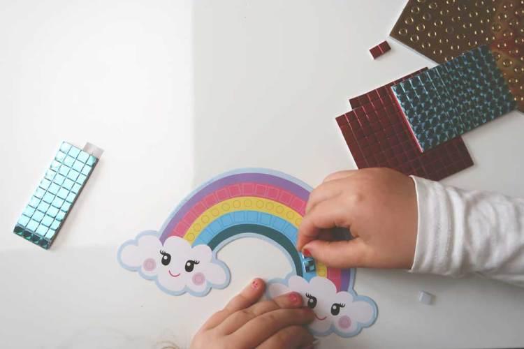 Totum-knutselen-regenboog