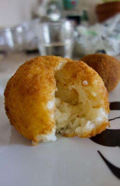 arancini béchamel aux 3 fromages, fourme d'Ambert, comté et parmesan