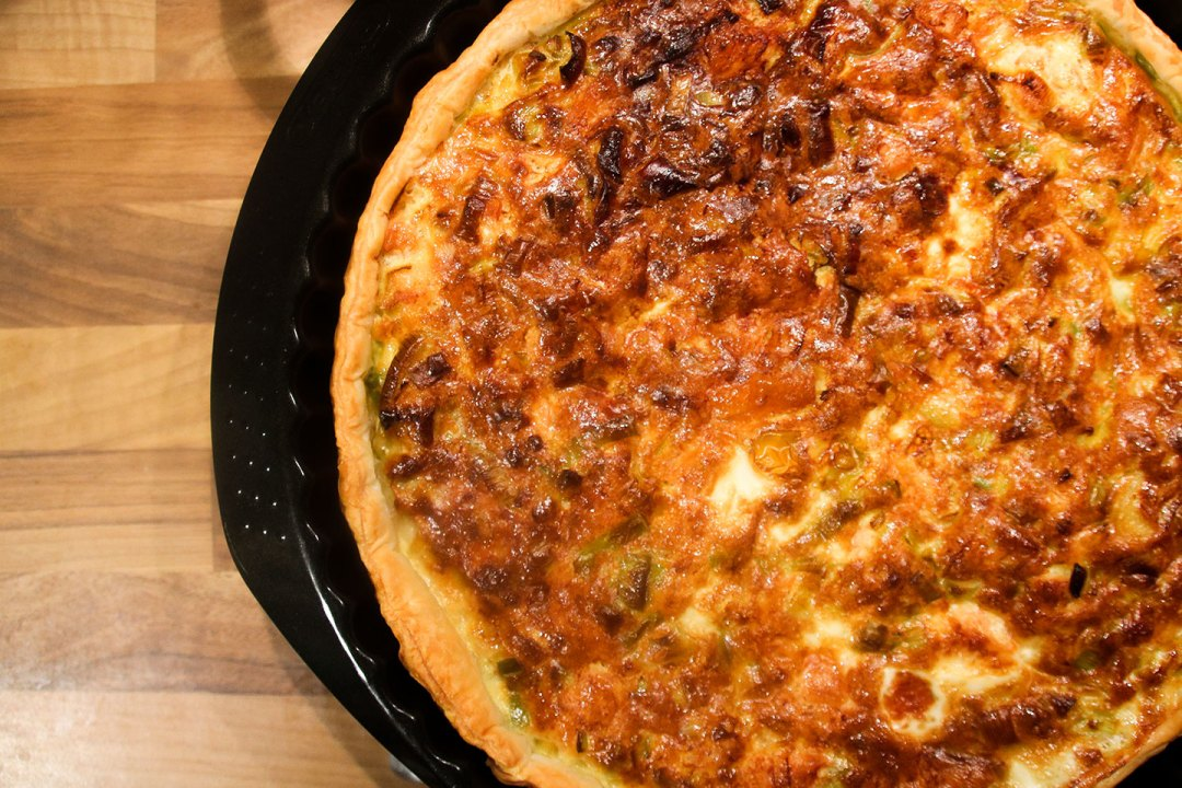 Cooked Salmon And Leek Quiche