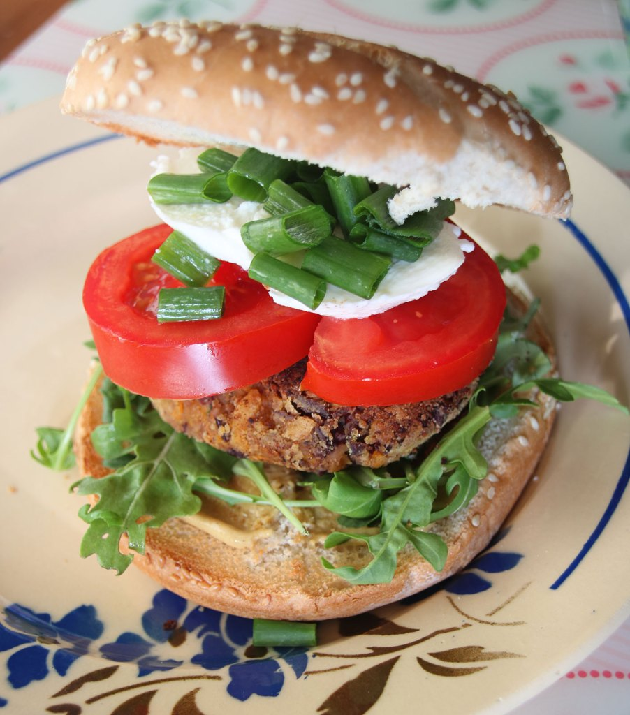 Kidney Bean Burger With Fixings