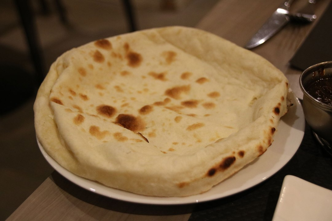 Nandi's Cheesy Naan