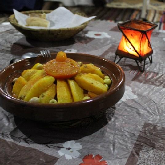 Jantar_marrocos_Tajine_cuscuz_marroquino
