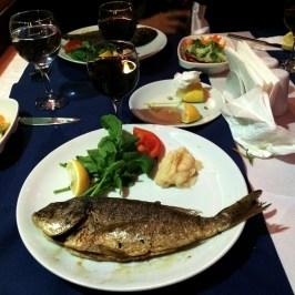 u pedi peixe e não gostei muito, porque tinha muita espinha :(