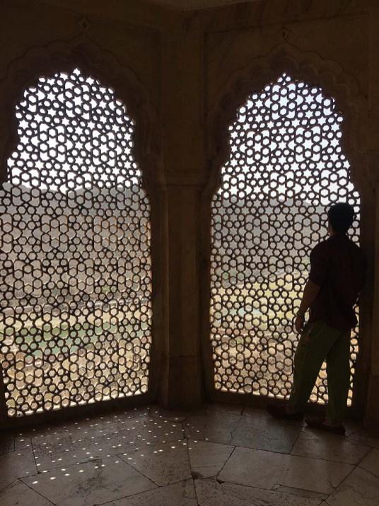 india_jaipur_amber_fort_palace_palacio_nao_e_caro_viajar_palacios_janelas