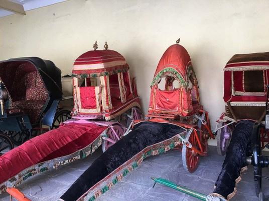 india_jaipur_city_palace_nao_e_caro_viajar_palacio_da_cidade_carrocas_museu