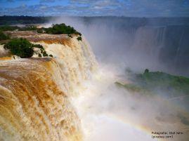 waterfall-106924_1280