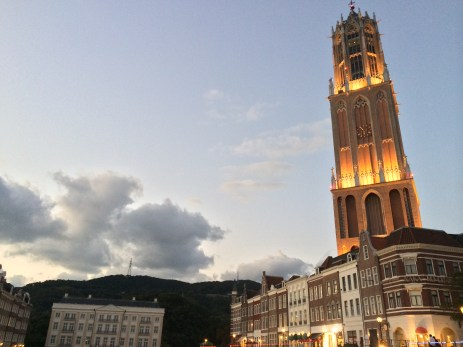 Huis Ten Bosch at night