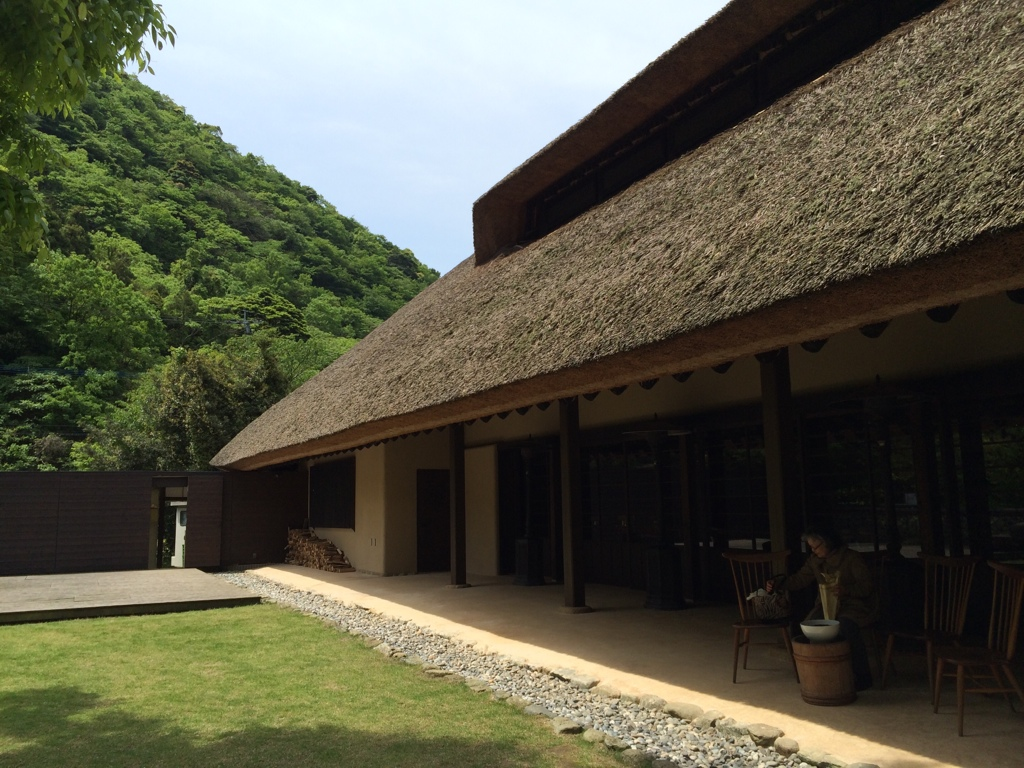 Restaurant with thatched roof