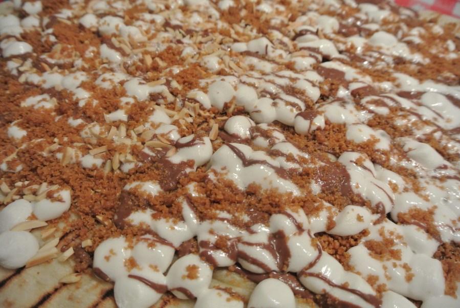 My Pizza 3 - Smore's dessert pizza!