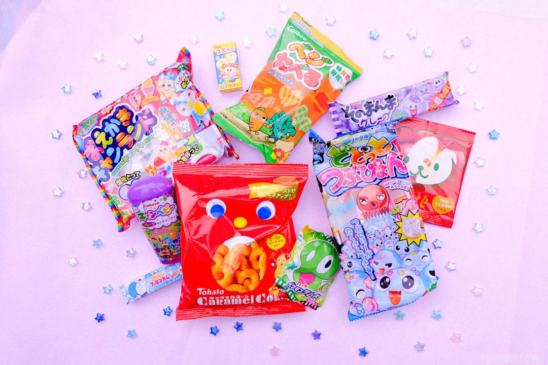 japan-candy-box-november-naominikola-11