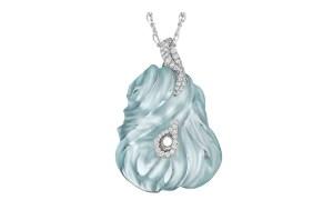 Aquamarine and Diamond Pendant Hand-carved 65.25 ct aquamarine, 85 VS-FG white diamonds, 18K white gold. L: 50 mm W: 36 mm D: 12 mm