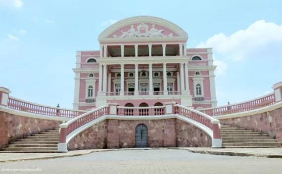 Onde ficar e onde não ficar hospedado em Manaus