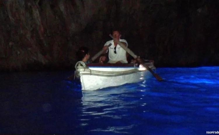 Grotta Azzurra (Gruta Azul) – passeio imperdível em Capri!