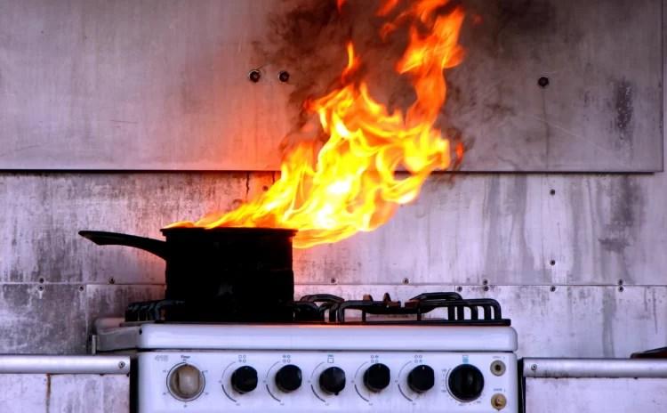5 erros comuns na hora de cozinhar e dicas para resolver!