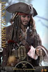 Hot Toys - POTC5 1 6th scale Jack Sparrow Collectible Figure DX15 08