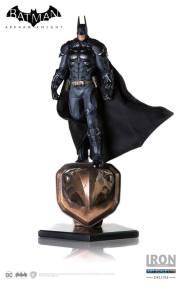 Iron Studios - Batman Art Scale 1 10 Deluxe - Arkham Knight 08