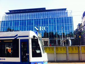 Het gebouw van NRC op het Rokin. (foto: Tirza van der Graaf)