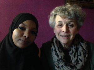 Khalda Ibrahimsaeed en Mieke Reijn (Foto: Alexandra van Ditmars)