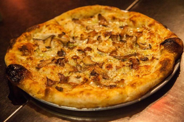 Oenotri pizza