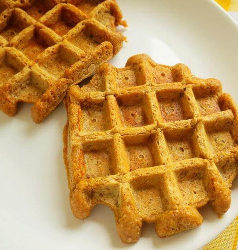waffle de abobora com coco