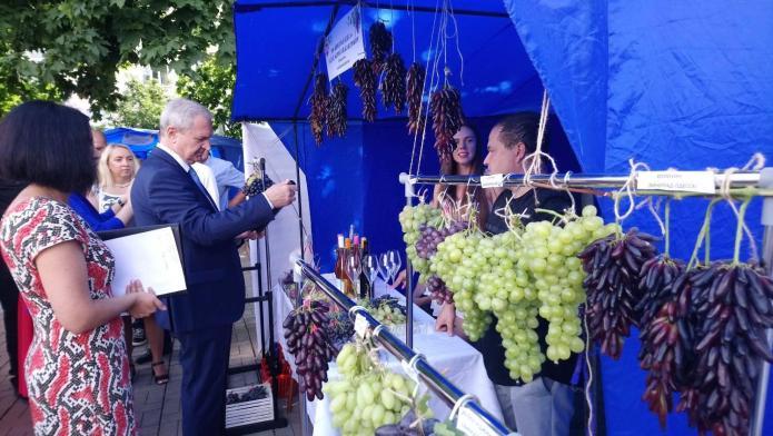 Под Одессой прошел виноградный фестиваль