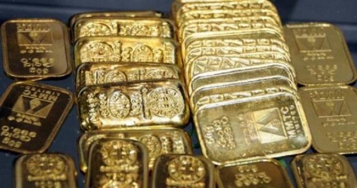 Пенсионерка из Великобритании обнаружила чемодан с золотом