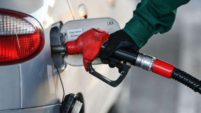 Цены на бензин растут, как на дрожжах